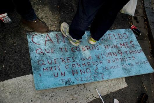 Unha das moitas pancartas que se luciron durante a manifestación